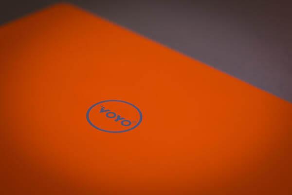 VBook V3 logo sopra