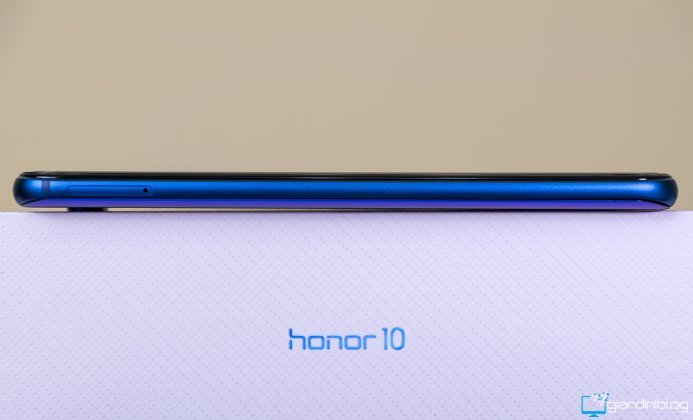 honor 10 sinistra