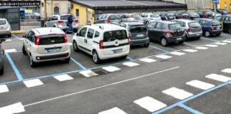 App per pagare parcheggio, strisce blu e biglietti con lo smartphone