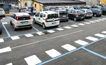 App per pagare parcheggio, strisce blu e biglietti con il telefonino