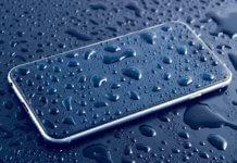 telefono caduto in acqua